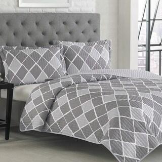 Adrienne Vittidini Judd 3-piece Quilt Set
