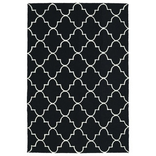 Indoor/ Outdoor Handmade Getaway Black Tiles Rug (8'0 x 10'0)