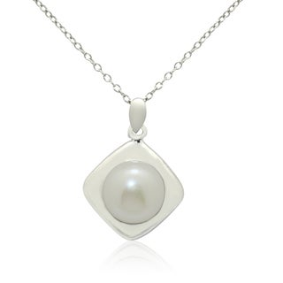 Gioelli Sterling Silver High Polish Freshwater Pearl Necklace (10-11 mm)