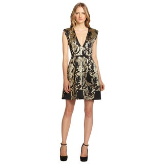 Alice + Olivia Women's Pacey Metallic Jacquard V-neck Cap Sleeve Cocktail Dress