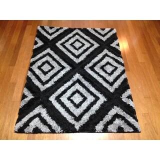 Black Modern Shag Area Rug (5'3 x 7'2)