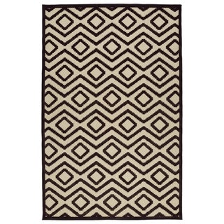 Indoor/Outdoor Luka Brown Diamond Rug (8'8 x 12'0)
