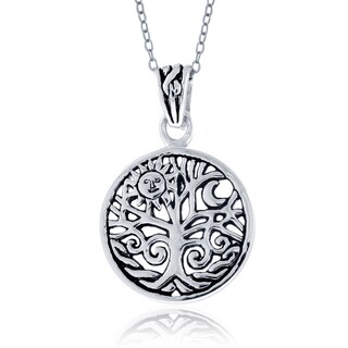 Mondevio Sterling Silver Celtic Tree of Life Round Necklace