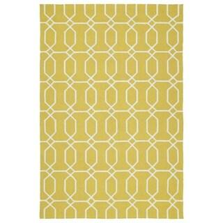 Indoor/Outdoor Handmade Getaway Gold Links Rug (8'0 x 10'0)