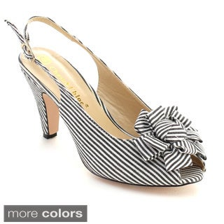 Chase and Chloe Women's Kimmy-16 Metal Buckle Middle Heel