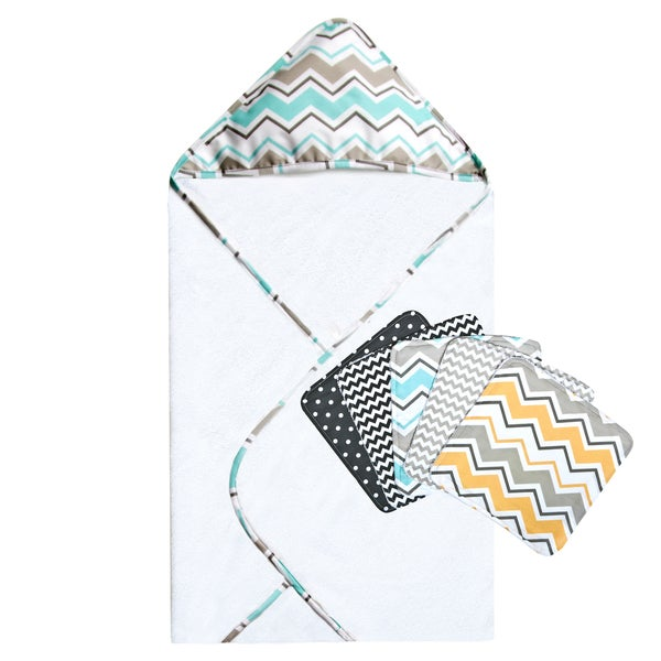 Trend Lab Seashore Waves Zigzag Bouquet Hooded Towel and Wash Cloth Set