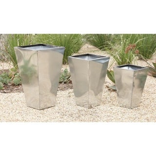 17-inch Metal Planter (Set of 3)