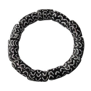 Black and White Recycled Glass Bracelet (Ghana)