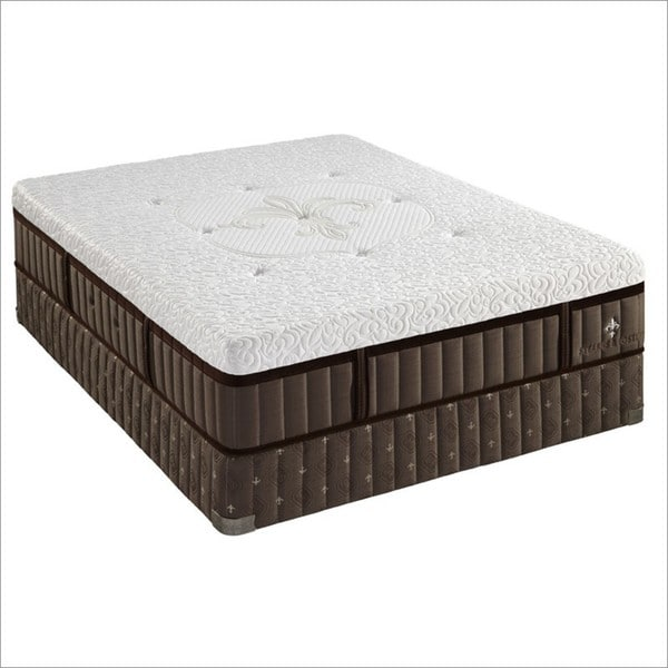 Stearns and Foster 13.5-inch Queen-size Ava-Rose Tight Top Luxury Cushion Firm Mattress Set