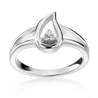 14k White Gold Diamond Accent Teardrop Fashion Ring