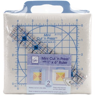 Quilter's Mini Cut'n Press With Ruler