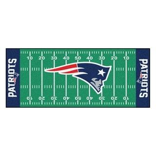 Fanmats Machine-made New England Patriots Green Nylon Football Field Runner (2'5 x 6')