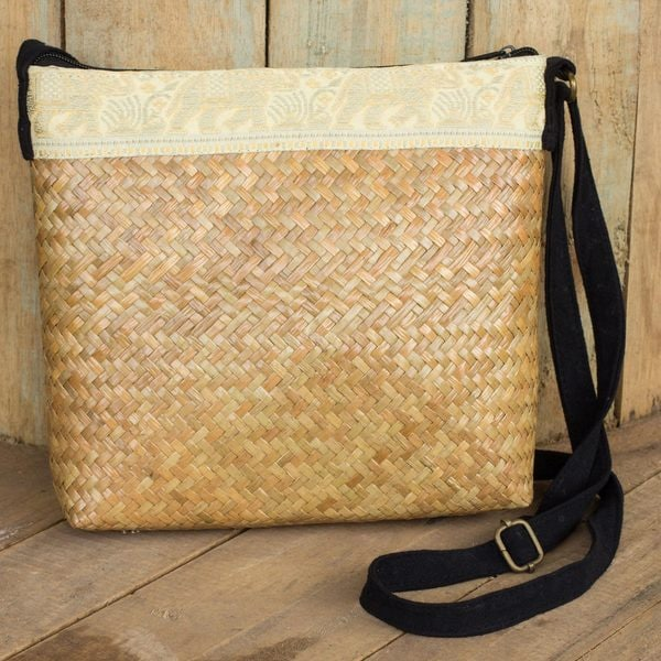 Natural Fibers Cotton 'Siam Elephants' Shoulder Bag (Thailand)