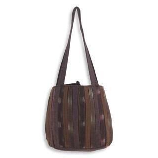 Handcrafted Cotton 'Oriental Dark Brown' Shoulder Bag (Thailand)