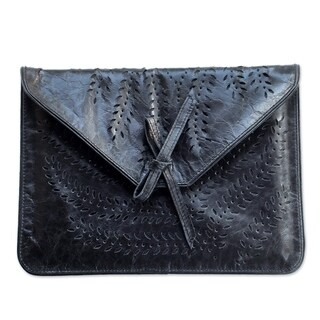 Handcrafted Leather 'Kintamani Nocturnal' Tablet Sleeve (Indonesia)