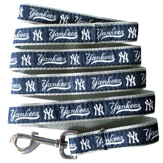Genuine New York Yankees Licensed Pet Collar and Leash Combo Set (2 piece) - For Small to Large Dogs
