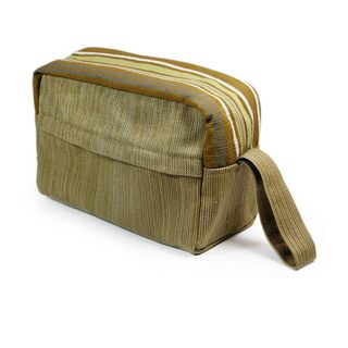 Handcrafted Cotton 'Forest Sigh' Cosmetic Bag (Guatemala)