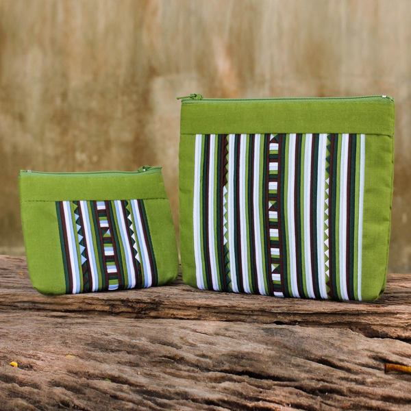 Handmade Set of 2 Cotton Blend 'Exotic Lisu in Green' Cosmetic Bags (Thailand) 15408695