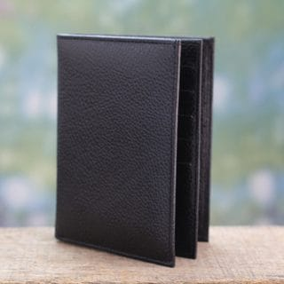 Leather 'Stylish Traveler in Black' Passport Wallet (India)