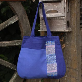 Handcrafted Cotton 'Chiang Mai Hydrangea' Tote Handbag (Thailand)