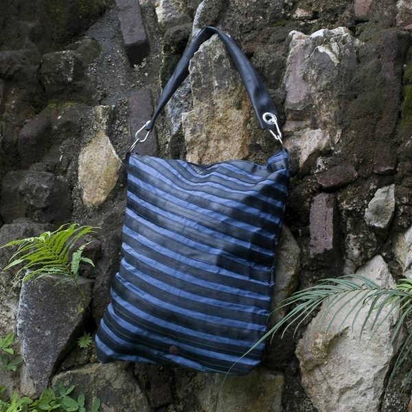 Cotton Recycled Bicycle Tire 'Eco Blue Chic' Shoulder Bag (Guatemala)