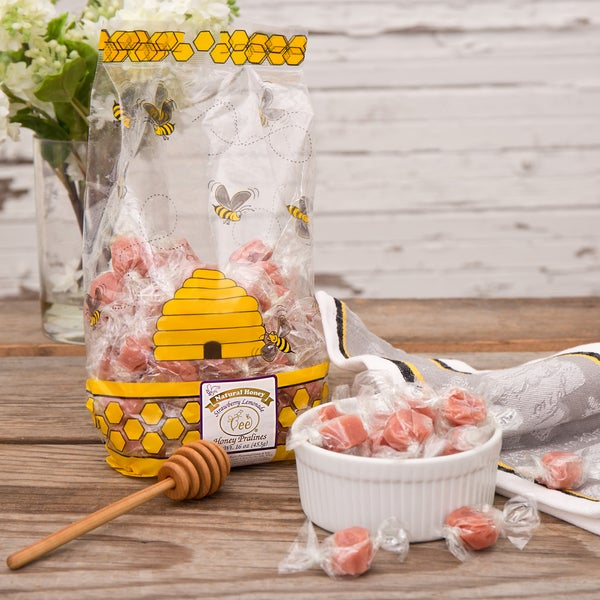 Queen Bee Gardens Strawberry Lemonade Caramel Chews (1 Pound)