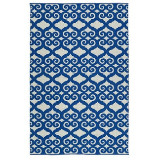 Indoor/Outdoor Laguna Ivory and Navy Scroll Flat-Weave Rug (8'0 x 10'0)