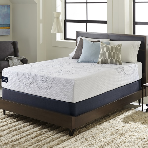 Serta Perfect Sleeper Isolation Elite California King-size Gel Memory Foam Mattress Set