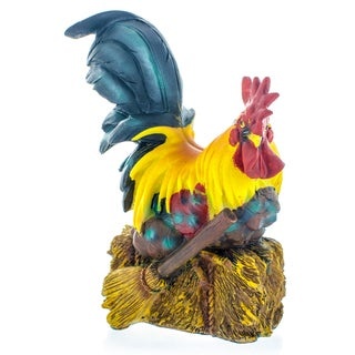 Rooster Laying On Hay 7-inch Figurine