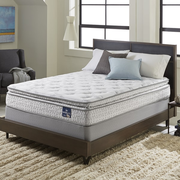 Serta Extravagant Pillowtop Split Queen-size Mattress Set