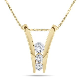 Marquee Jewels 10k Yellow Gold 1/2ct TDW Diamond 3-stone Necklace (I-J, I2-I3)