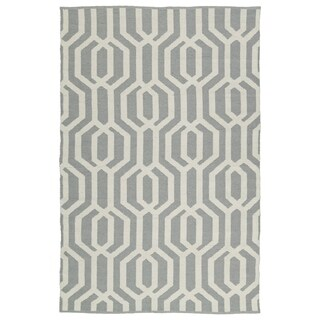 Indoor/Outdoor Laguna Grey and Ivory Geo Flat-Weave Rug (5'0 x 7'6)