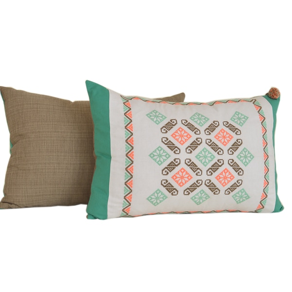 Freschezza Hand-embroidered Pillow with Border (Mexico)