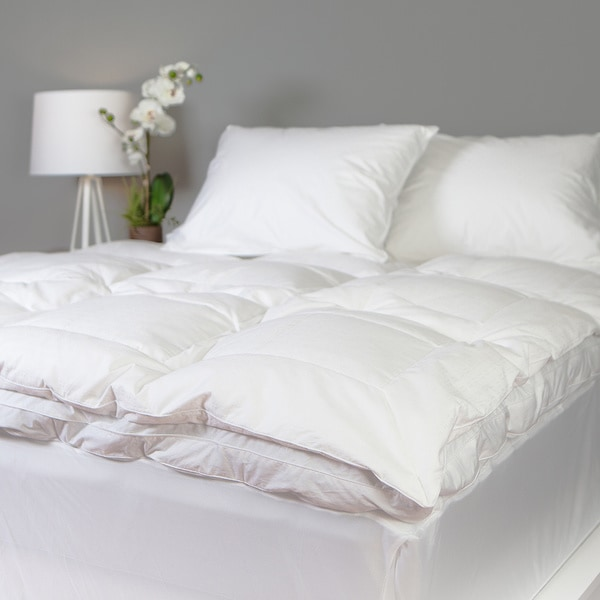 Grandeur Collection Overfilled 300 Thread Count Cotton Down and Goose Feather Bed