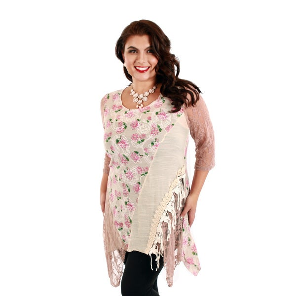 Women's Plus Size 3/4 Sleeve Beige/ Pink Floral Pattern Lace Tunic (Size 1XL)