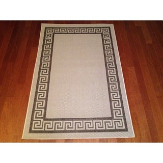 "Large Indoor/ Outdoor Brown Area Rug (7'10""x 10'6"")"