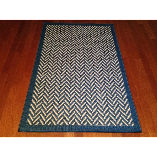 Outdoor Pool Area Rugs: Indoor/ Outdoor Blue Geometric Pool Patio Deck Area Rug (6