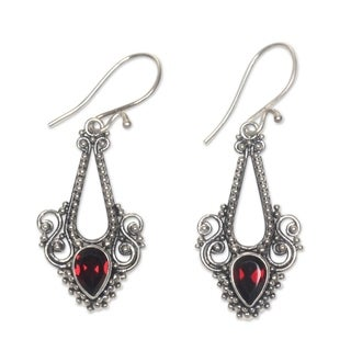 Sterling Silver 'Balinese Glitz' Garnet Earrings (Indonesia)