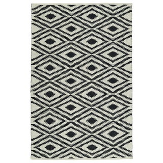 Indoor/Outdoor Laguna Ivory and Black Ikat Flat-Weave Rug (9'0 x 12'0)