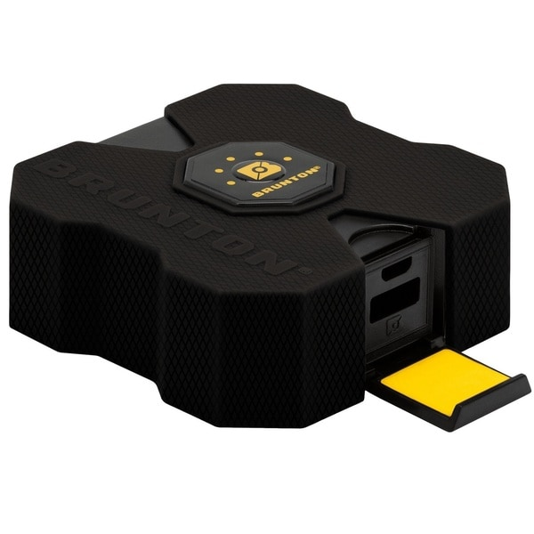 Brunton Revolt 4000 mAh 4x Charge - Black
