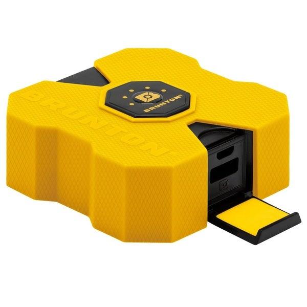 Brunton Revolt XL 9000 mAh 6x Charge Yellow
