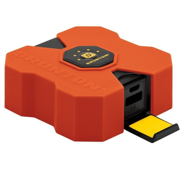 Brunton Revolt XL 9000 mAh 6x Charge Orange