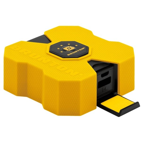 Brunton Revolt 4000 mAh 4x Charge Yellow
