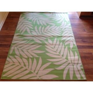 Beige Light Green Floral Pool Patio Deck Area Rug Area Rug (6'5 X 9'5)