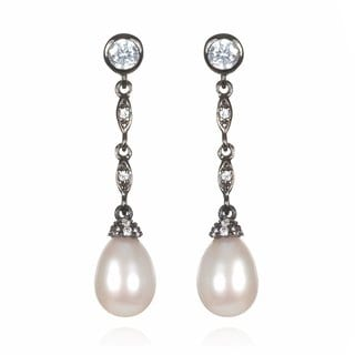 Black Rhodium-plated Sterling Silver Freshwater Pearl Dangle Earrings (8-9 mm)