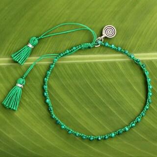 Handcrafted Silver 'Hypnotic Nature' Malachite Bracelet (Thailand)