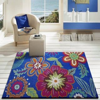 Blue Floral Outdoor Rug (5' x 7')
