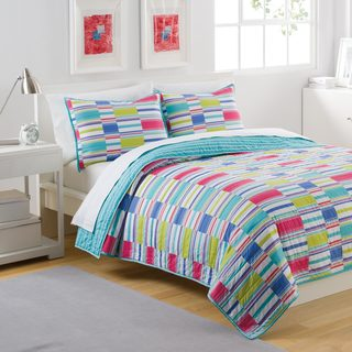 IZOD Summer Stripe 3-piece Quilt