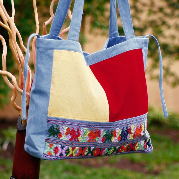 Handcrafted Cotton 'Cotzal Birds' Shoulder Bag (Guatemala)