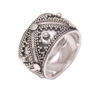 Handcrafted Sterling Silver 'Lavish Bali' Ring (Indonesia)